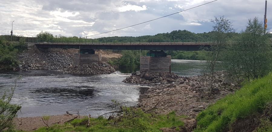 Кола мост